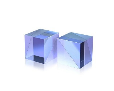 Polarizing Cubes for High Power Applications