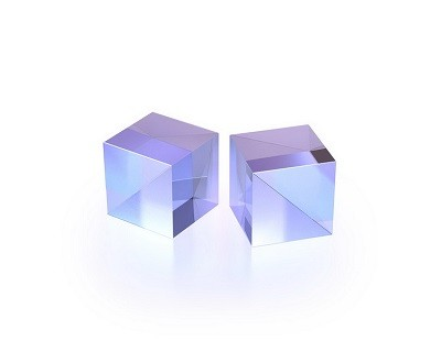 Polarizing Cubes for Medium Power Applications